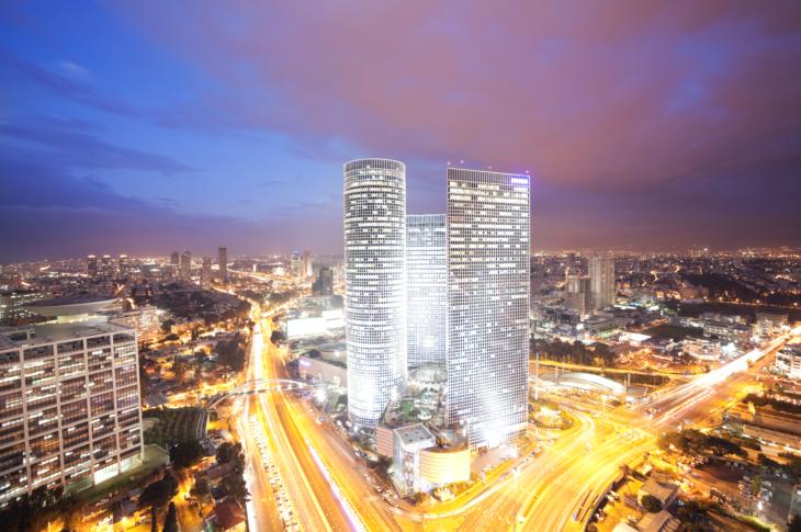 Центр Азриэли в Тель-Авиве (башни Азриэли)